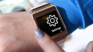 Bloomberg: Samsung's Wearable Smartwatch Tries to Hitch a Ride With BMW's Monitor Technology